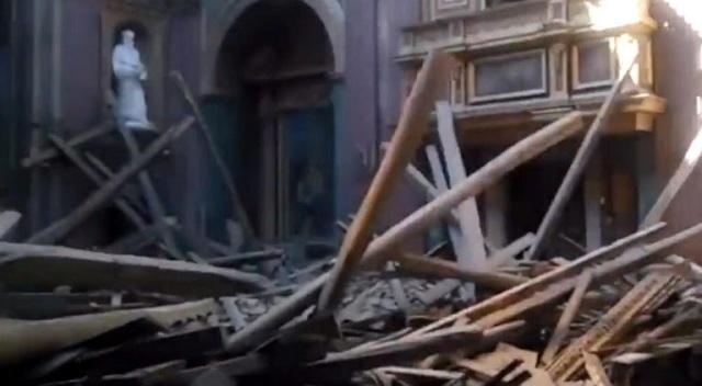 Ιταλία: Κατέρρευσε ιστορική εκκλησία στο κέντρο της Ρώμης [εικόνες]