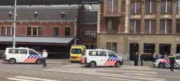 Αμστερνταμ: Επίθεση με μαχαίρι στον κεντρικό σιδηροδρομικό σταθμό