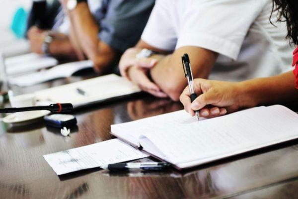 Δεκαεπτά προσλήψεις εκπαιδευτικών και μουσικών στον Δήμο Αλμυρού