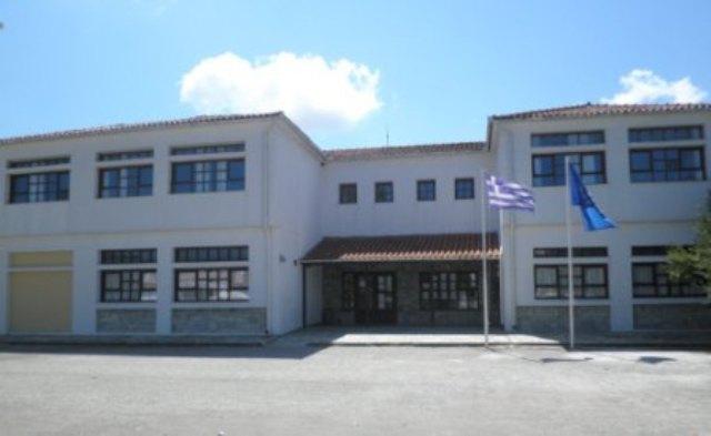 10 απόφοιτοι το ΓΕΛ Σκοπέλου πέτυχαν στις Πανελλήνιες
