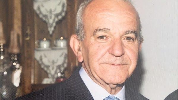 77χρονος πέθανε στα γραφεία της ΔΕΗ Λάρισας