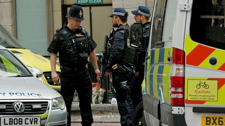 Τρεις άνδρες τραυματίστηκαν από επίθεση με «τοξική ουσία» στο Δυτικό Λονδίνο