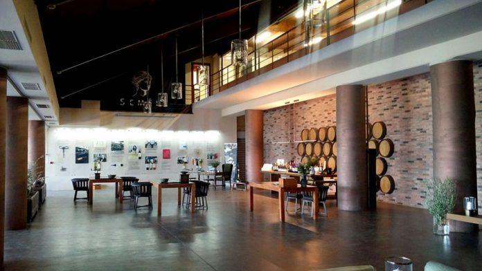 Κρασιά SEMELI: Νέο Ρεκόρ Μεταλλίων και Διακρίσεων