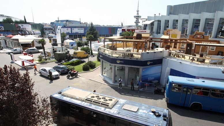Επί ποδός η Θεσσαλονίκη: Τελευταίες πινελιές πριν τα εγκαίνια