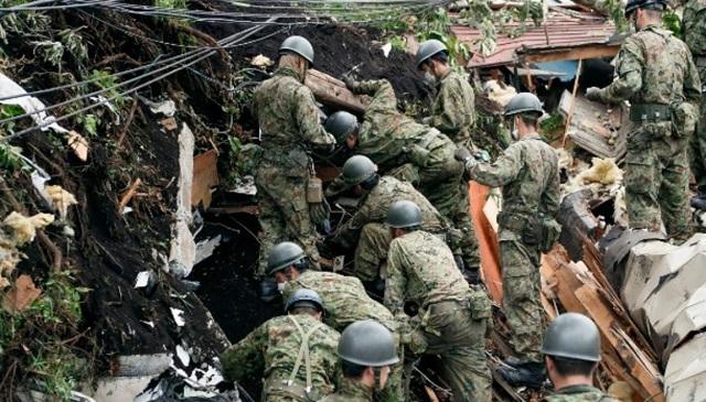 Στα 30 ανήλθαν τα θύματα του φονικού σεισμού στην Ιαπωνία -Αγωνιώδεις έρευνες