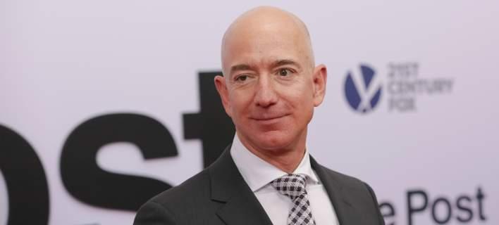 Ασύλληπτο: Ο Τζεφ Μπέζος της Amazon κερδίζει πάνω από 11 εκατ. δολάρια την ώρα!