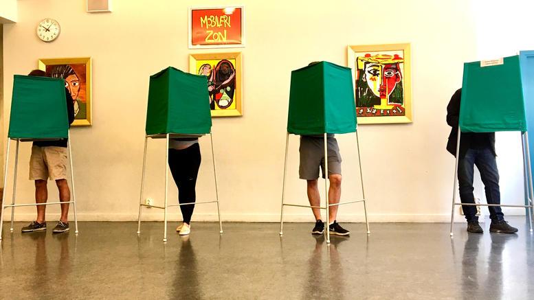 Μετεκλογικός γρίφος στη Σουηδία για τον σχηματισμό κυβέρνησης