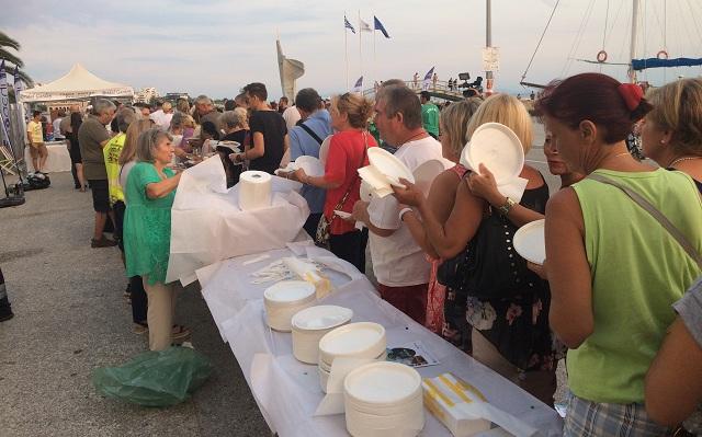 Με μπουφέ αγάπης και αλληλεγγύης η αυλαία του Ολιστικού Φεστιβάλ