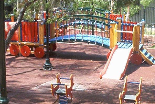Ετοιμη η πρώτη πιστοποιημένη και ασφαλής παιδική χαρά στη Ζαγορά