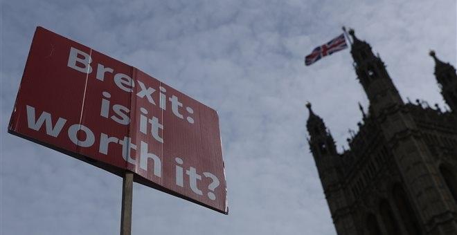 Brexit: Ναυάγιο για το εναλλακτικό σχέδιο εξόδου από τους Τόρις