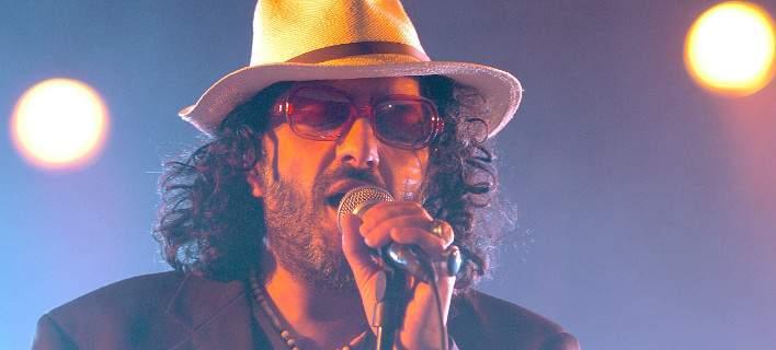 Πέθανε στα 59 του ο Αλγερινός τραγουδιστής που πάντρεψε τα ανατολίτικα με την πανκ