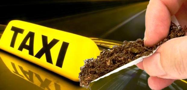 Μίσθωσαν ταξί στον Βόλο και μετέφεραν αφορολόγητο καπνό