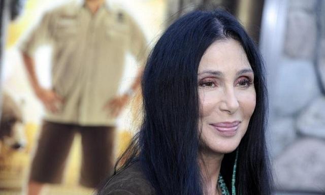 Αφοπλιστική παραδοχή από τη Σερ: Φορούσε «κιλά make up» στο «Mamma Mia»