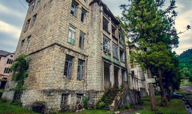 Ελαφρύνσεις για ακίνητα που δεν ηλεκτροδοτούνται στον Δήμο Ρ. Φεραίου