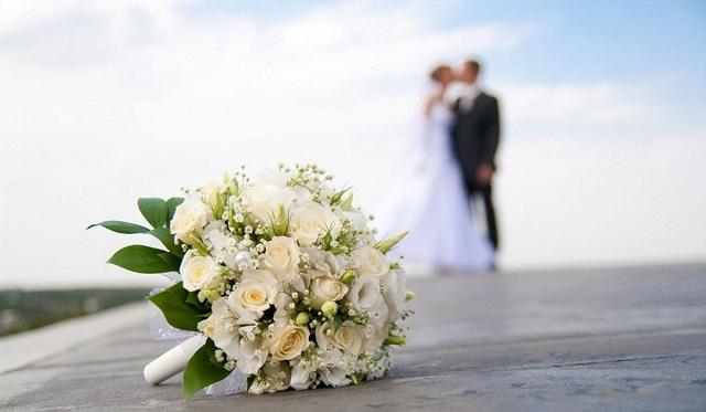 Μυστικός γάμος στην Κύθνο για τον βουλευτή Χάρη Θεοχάρη [φωτό]