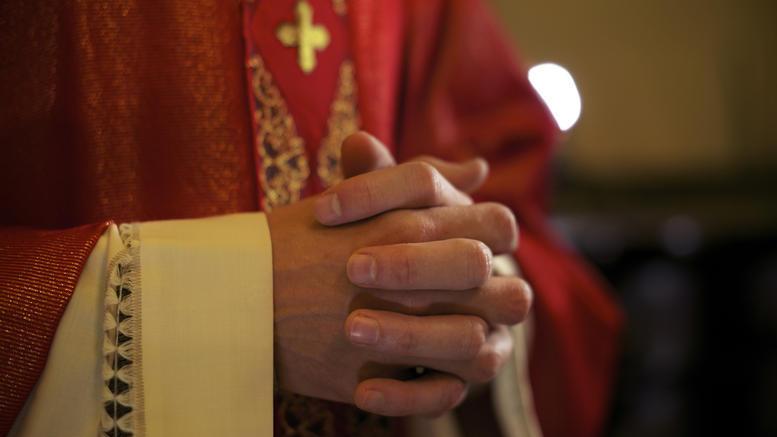Αυτοκτόνησε ένας ιερέας που είχε κατηγορηθεί για σεξουαλική επίθεση