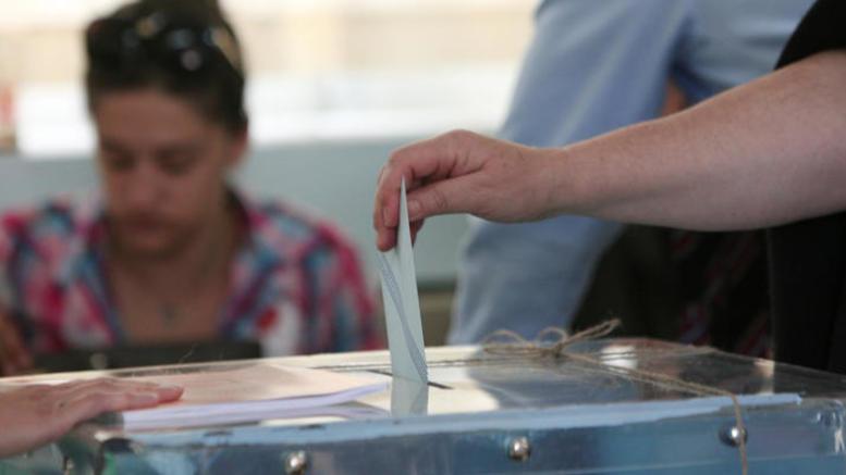 Πώς αξιολογούν οι πολίτες τις εξαγγελίες Τσίπρα και Μητσοτάκη στη ΔΕΘ