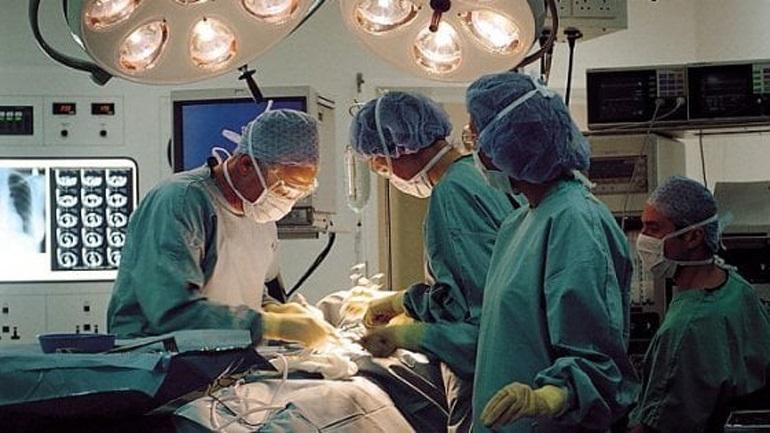 Οι Ιταλοί πραγματοποίησαν την πρώτη μεταμόσχευση προσώπου - Επέμβαση 20 ωρών