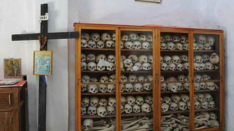 Ιερείς έκλεψαν λείψανο παιδιού της εποχής της Σφαγής της Χίου το 1822
