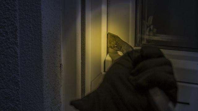 15χρονη η δράστιδα διαρρήξεων, 16χρονος ο κλεπταποδόχος