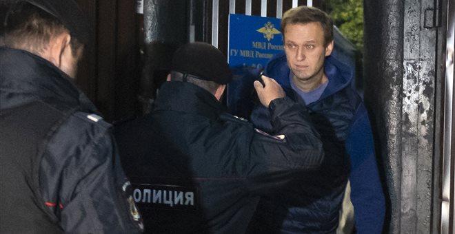 Ρωσία: Συνελήφθη με το που βγήκε από τη φυλακή ο Ναβάλνι