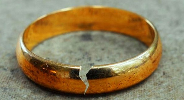 Ποια επαγγέλματα αυξάνουν τον κίνδυνο διαζυγίου για τους παντρεμένους