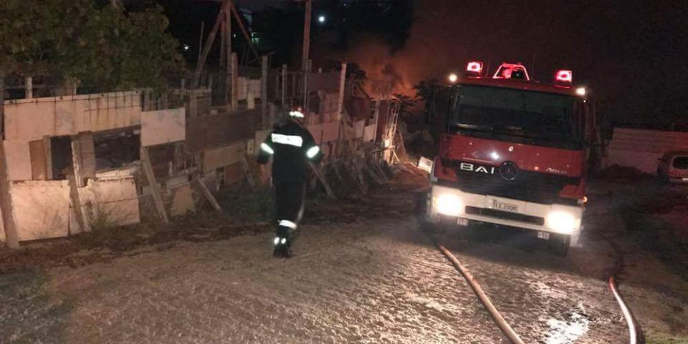 Μεγάλη φωτιά στο Σχινιά Μαραθώνα στα Δικαστικά