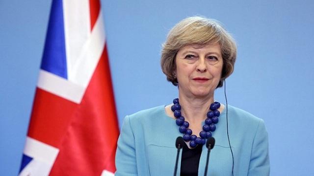 Σε δύσκολη θέση η Μέι: Χάνει τη στήριξη υπουργών της για το Brexit