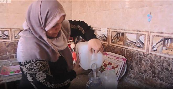 Το BBC στη Γάζα: Τα παιδιά μας υποφέρουν για ένα μπουκάλι νερό