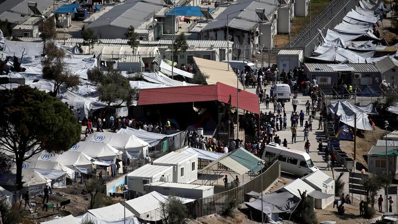 DW: Tρόμος στην Μόρια από μέλη του ISIS. Τι έδειξαν οι κρυφές κάμερες