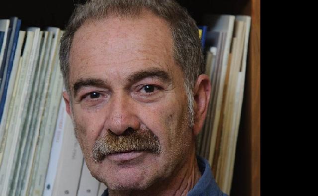 Γρηγόρης Αζαριάδης: «Ο συγγραφέας πρέπει να ξέρει να ακούει»
