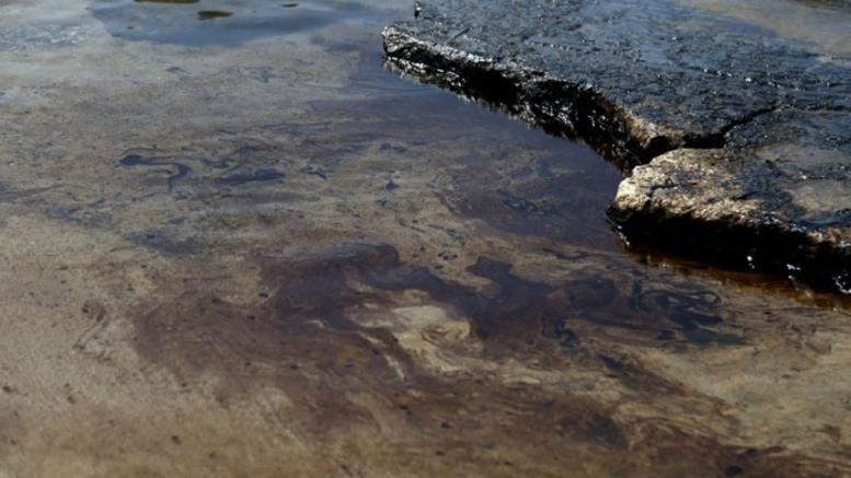 Μεγάλη διαρροή καυσίμων από σύγκρουση πλοίων στη Μεσόγειο