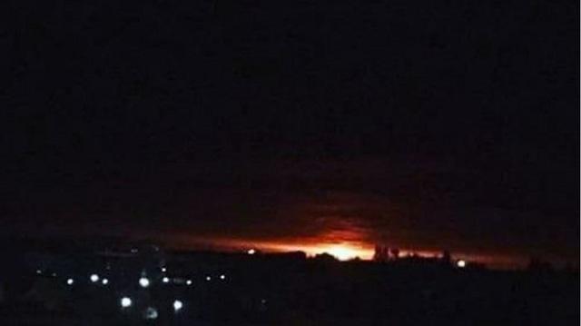 Μεγάλη έκρηξη σε αποθήκη πυρομαχικών στην Ουκρανία [βίντεο]