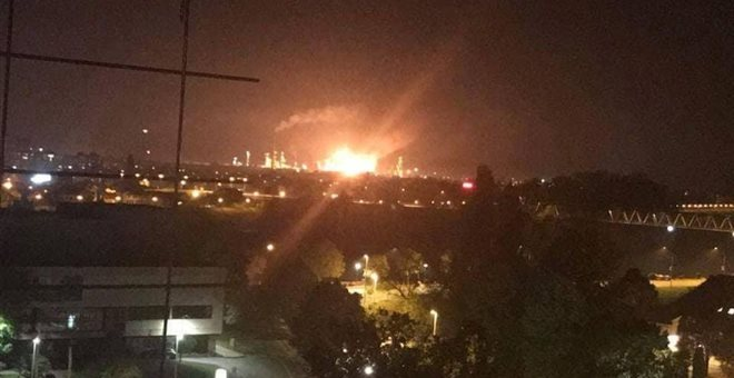 Ένας νεκρός και 9 τραυματίες από έκρηξη σε διυλιστήριο πετρελαίου στη Βοσνία