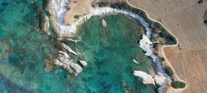 Ανακάλυψαν παλαιοχριστιανικούς αμφορείς σε λιμανάκι της Πάφου