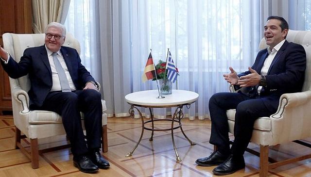 Στάινμαϊερ: Συγγνώμη για τις φρικαλεότητες των ναζί στην Ελλάδα
