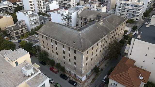 Εικαστική δράση για την «Κίτρινη Αποθήκη»