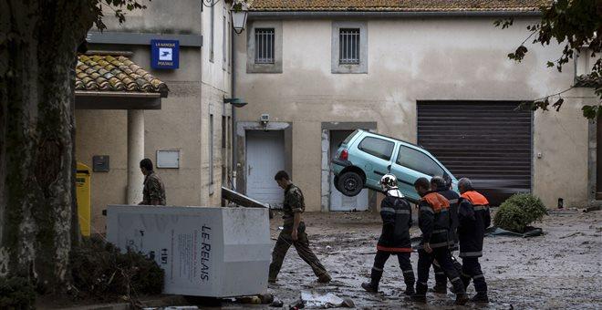 Tουλάχιστον 10 νεκροί και 1 αγνοούμενος από τις πλημμύρες στη Γαλλία