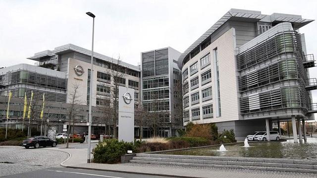 Έρευνες σε γραφεία της Opel για τις εκπομπές ρύπων σε οχήματα ντίζελ
