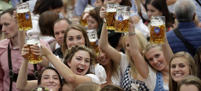 Η κλιματική αλλαγή απειλεί την μπύρα: Θα γίνει πιο σπάνια και πιο ακριβή
