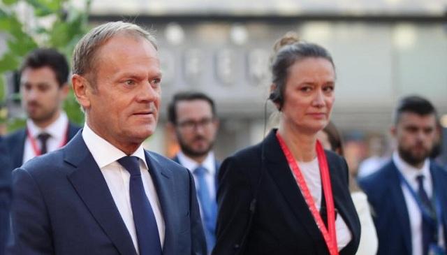 Brexit: Για δύσκολο διαζύγιο προειδοποιεί ο Τουσκ