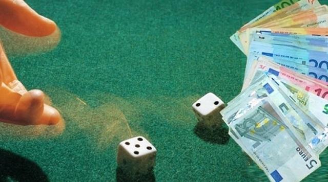 Οργανωμένο «μίνι καζίνο» εντοπίστηκε στα Φάρσαλα