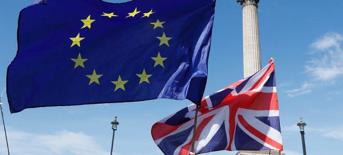 Στους δρόμους οι Βρετανοί: Ζητούν νέο δημοψήφισμα για το Brexit
