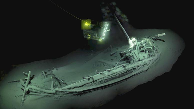 Ανακαλύφθηκε άθικτο αρχαίο ελληνικό πλοίο 2.400 ετών στη Μαύρη Θάλασσα [εικόνες]