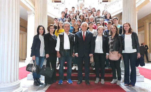 Μαθητές του Γυμνασίου Ευξεινούπολης στη Βουλή και στο Προεδρικό Μέγαρο