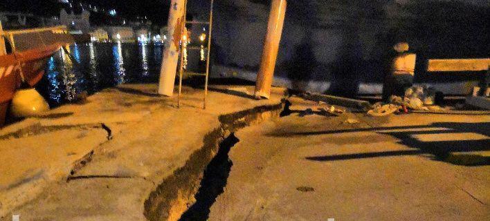 Ζάκυνθος: Ανοιξε στα... δύο το λιμάνι από τον ισχυρό σεισμό