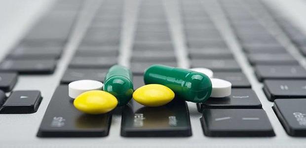 Στο φως υπόθεση πώλησης παράνομων φαρμάκων μέσω διαδικτύου
