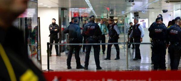 Αγκράφα ζώνης ήταν τελικά η... «βόμβα» που προκάλεσε πανικό σε Μαδρίτη και Βαρκελώνη