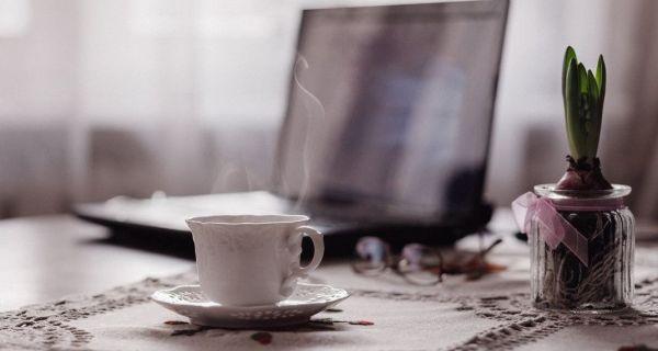 Κρύος VS Ζεστός καφές: Ποιος είναι ο πιο υγιεινός καφές και γιατί