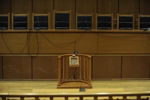 Πέντε χρόνια με αναστολή σε δικαστικό επιμελητή για παιδική πορνογραφία